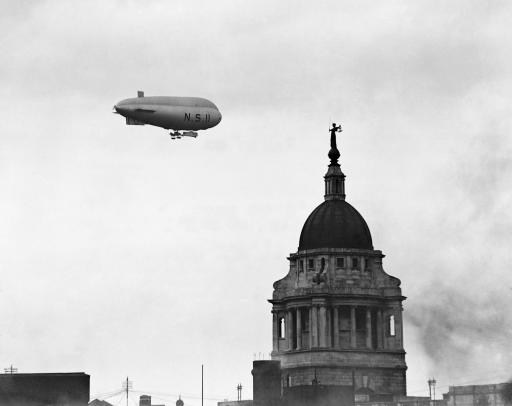 NS11 over London, 1919